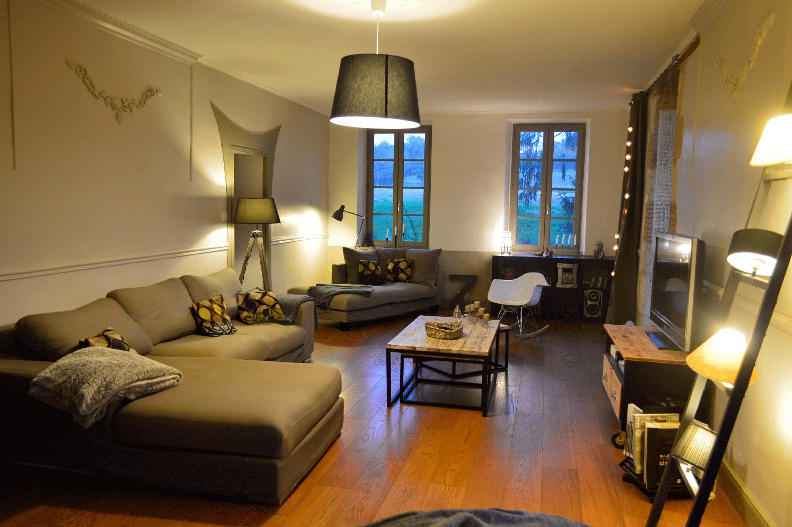 Salon Maison Ancienne Hautes Pyrenees 65 Saurin Decoration