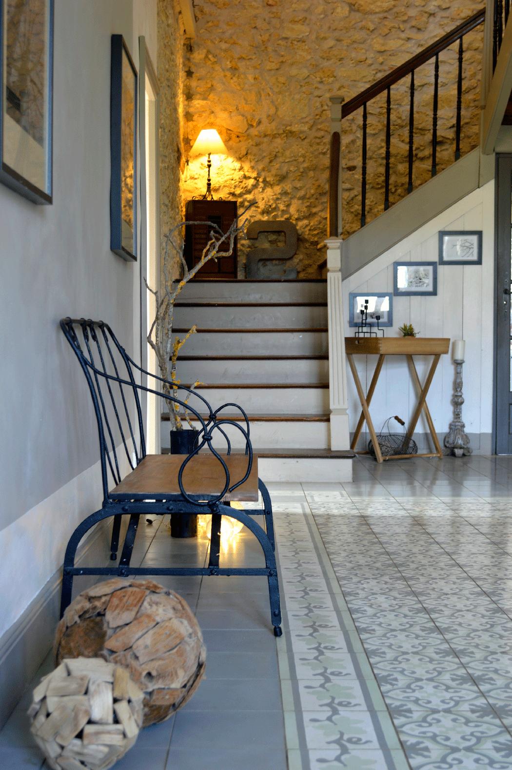 entr e maison ancienne gers 32 saurin decoration. Black Bedroom Furniture Sets. Home Design Ideas